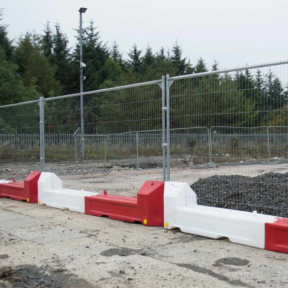 Fencing slot barrier